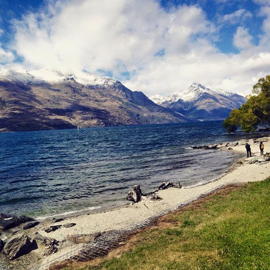 Lake Wakatipu and some fresh snow!